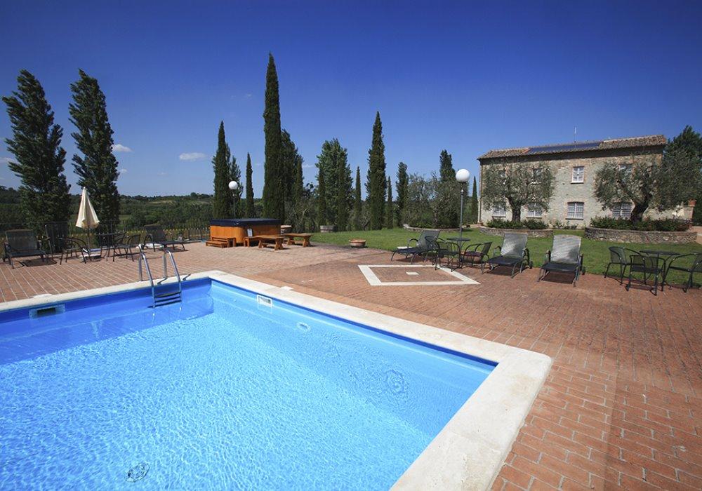 LE MIGLIORI OFFERTE PER UNAVACANZA IN TOSCANA Una vacanza a La Sovana in Toscana