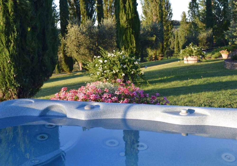 SUMMER IN LA SOVANA