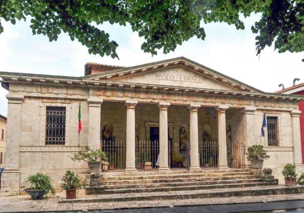 WEEK END DI CULTURA A Chiusi visita straordinaria alle Tombe Etrusche